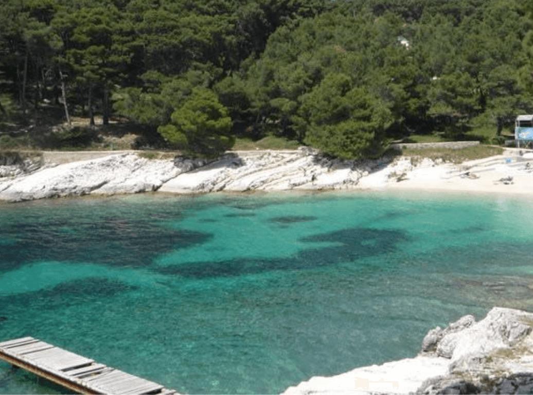 Naaktstrand Kandarola, Rab, Kroatië blootgewoon
