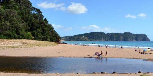 10-mooiste-warmwaterbronnen-hot-water-beach