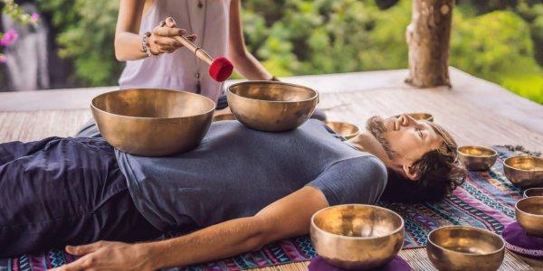 Klank schaal massage nr 9 magazine BlootGewoon!