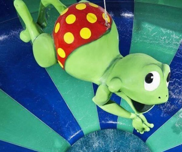 De BlootGewoon! blootzwemdag in het Tikibad.